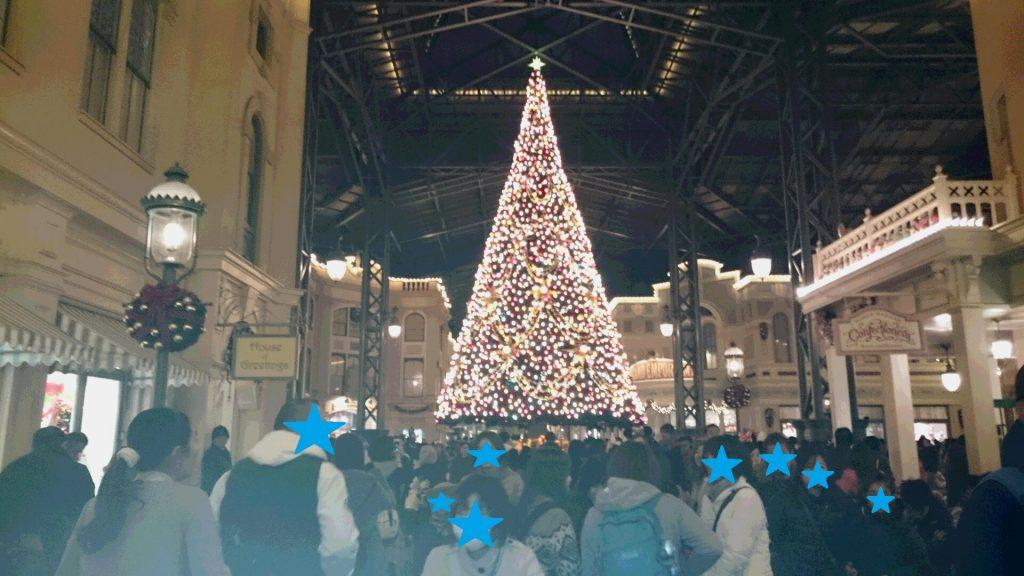 ディズニーランドクリスマスツリー