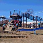 蒔田公園(横浜市南区) 大型アスレチック遊具とローラー滑り台が楽しい